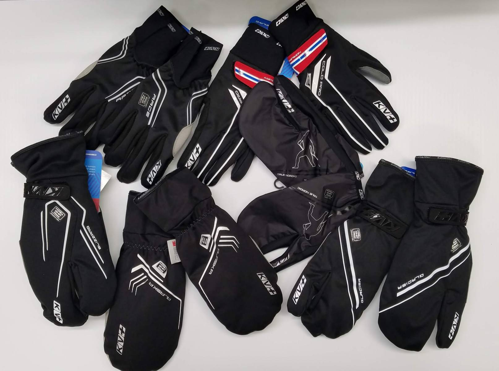 Gloves & mitts for All Weather